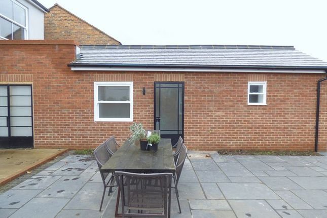 Thumbnail Flat to rent in Lower Icknield Way, Chinnor