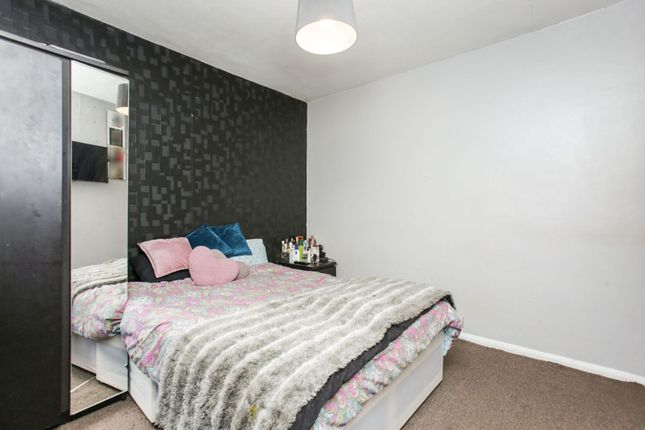 Bedroom Two of Harewood Gardens, South Croydon CR2