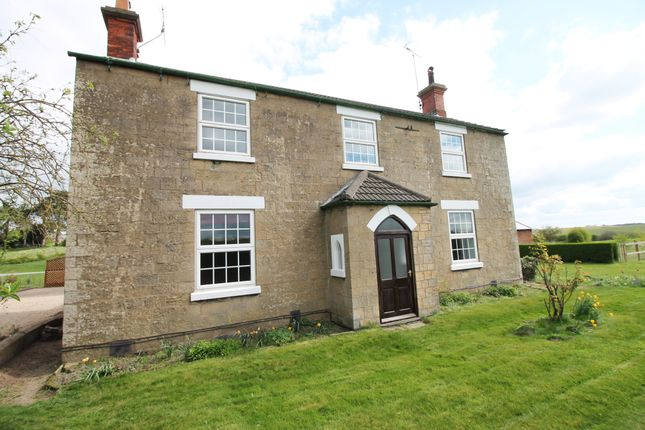 Thumbnail Farmhouse to rent in Blidworth Lane, Rainworth, Mansfield