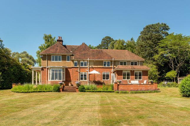 Thumbnail Flat to rent in Kings Drive, Midhurst