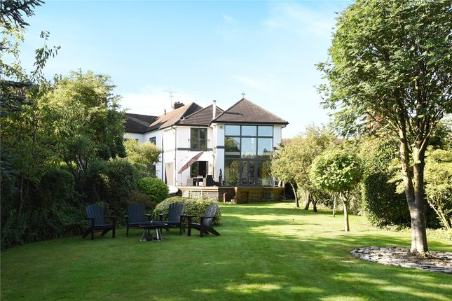 Thumbnail Property for sale in The Willows, Windsor, Berkshire