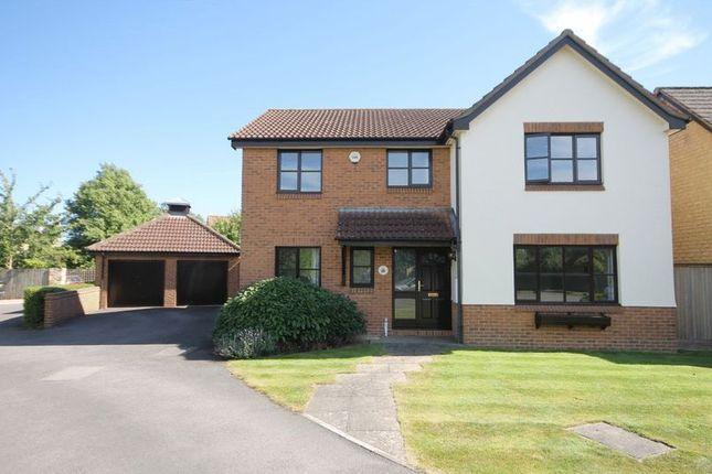 Thumbnail Detached house for sale in Foxdown Close, Kidlington