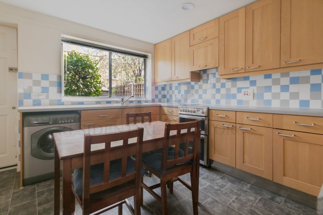 Thumbnail Terraced house to rent in Chatham Street, London