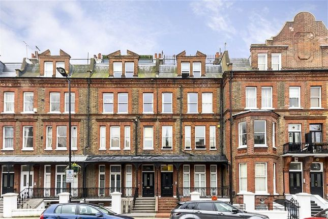3 bed flat for sale in Elgin Avenue, London