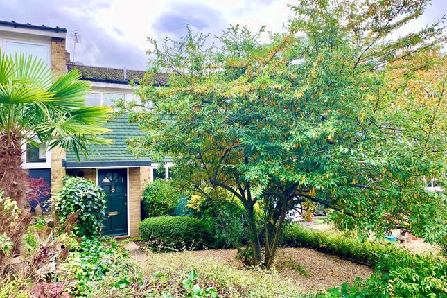 Thumbnail Terraced house for sale in Willow Way, Harpenden