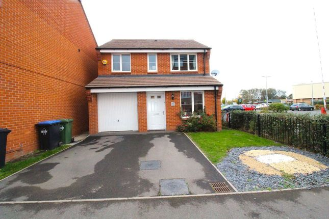Thumbnail Detached house to rent in Barnaby Road, Rugby