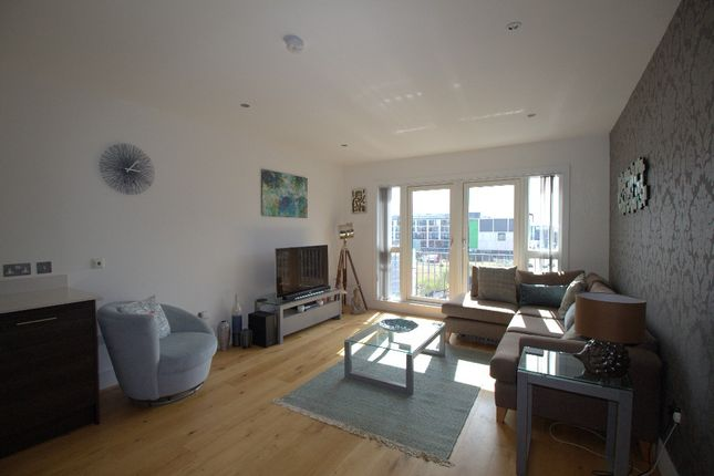 Thumbnail Flat to rent in Melvin Walk, Fountainbridge, Edinburgh