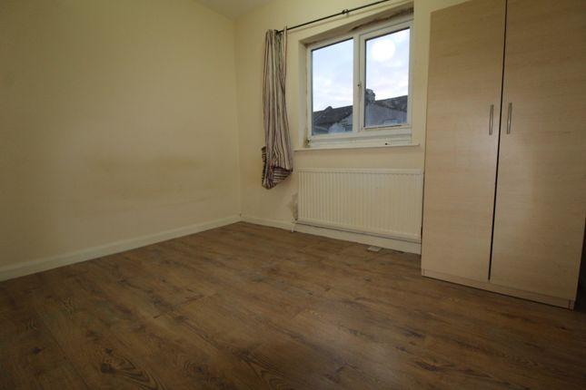 4 bed maisonette to rent in Green Street, London E13