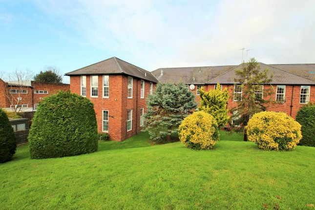 2 bed flat for sale in Redyear Court, Willesborough, Ashford TN24