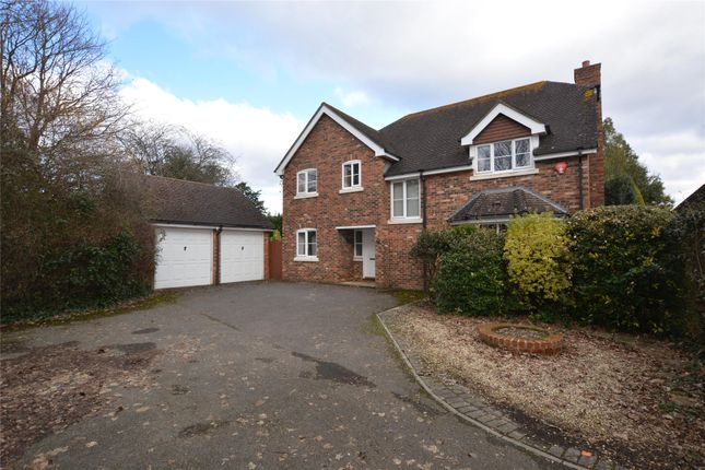 5 bed detached house for sale in Vitre Gardens, Lymington, Hampshire SO41