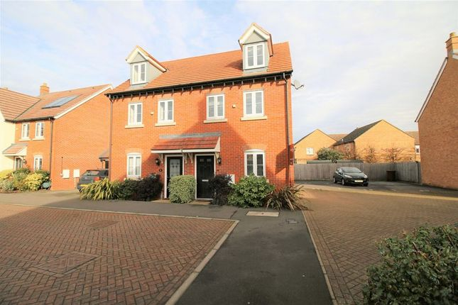 Thumbnail Mews house to rent in Corbetts Way, Thame