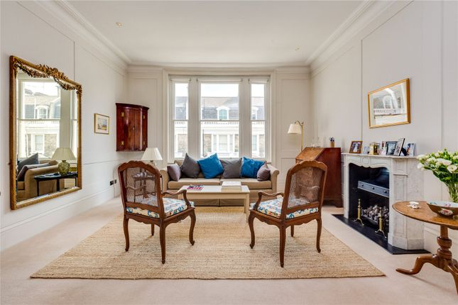 Thumbnail Flat for sale in Stafford Terrace, Kensington, London