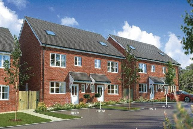 Thumbnail Terraced house for sale in Farley Hill, Luton