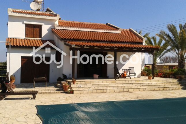 4 bed detached house for sale in Mazotos, Larnaca, Cyprus