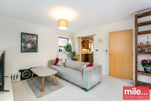 3 bed flat for sale in Sandby Court, Plough Close, Kensal Green NW10