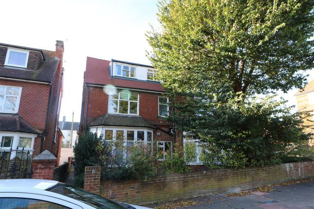 Studio to rent in St. Annes Road, Eastbourne