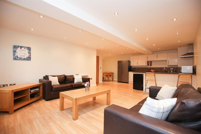 Thumbnail Flat to rent in Anolha House, Stepney Lane