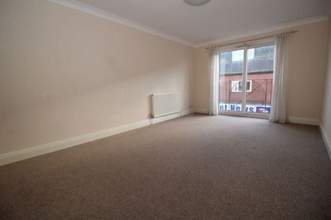 Thumbnail Flat to rent in Meredith Road, Portsmouth