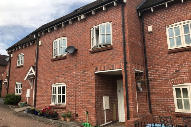 Thumbnail Semi-detached house to rent in Brooke Mews, Warwick