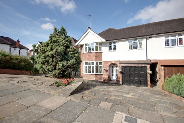 Thumbnail Link-detached house for sale in The Spinney, Winchmore Hill