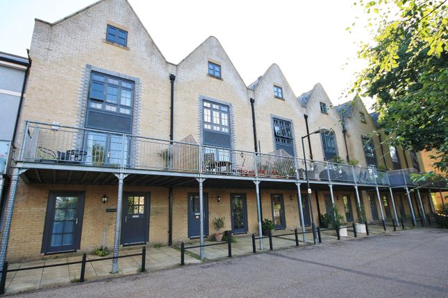 Thumbnail Property to rent in The Moorings, Norwich