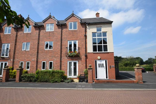 Thumbnail Flat for sale in Greenside, Cottam, Preston