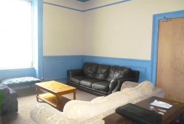 Lounge of Roslin Terrace, Aberdeen AB24