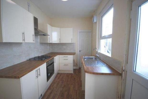 3 bed property to rent in Plasmarl, Swansea SA6