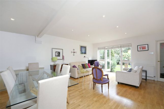 Thumbnail Mews house to rent in Clare Mews, London