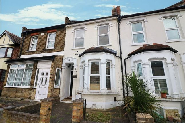 2 bed terraced house to rent in Birkbeck Road, Ilford