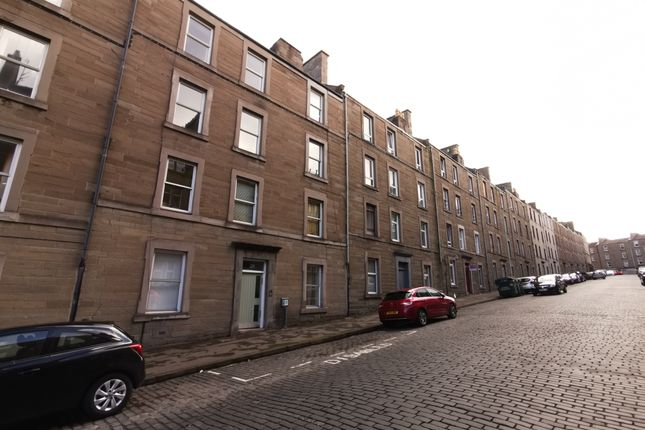Thumbnail Flat for sale in Rosefield Street, Dundee