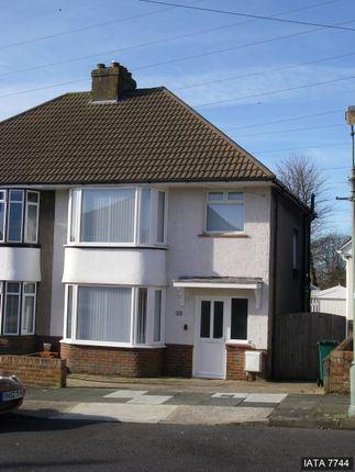 Thumbnail Semi-detached house to rent in Melrose Avenue, Portslade, Brighton