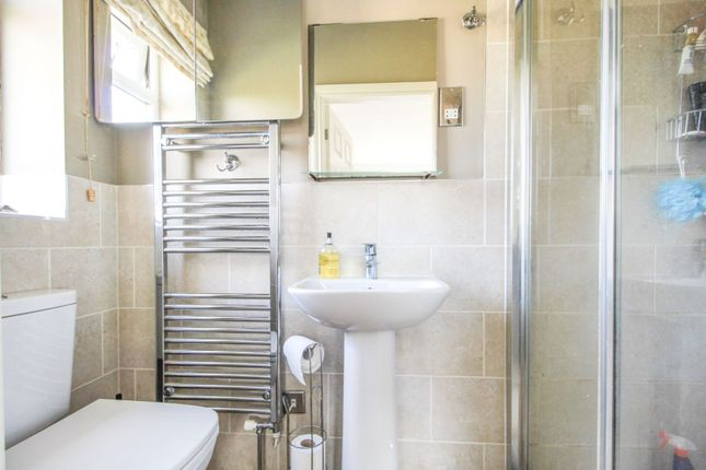 En-Suite One of Howden Gardens, Barlby YO8