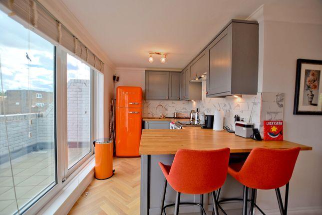 Thumbnail Flat to rent in Salisbury Walk, Archway