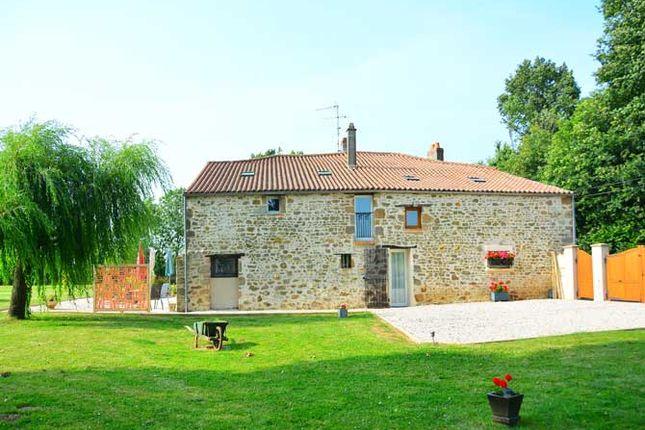 6 bed detached house for sale in 85210, Fontenay-Le-Comte, Vendée, Loire, France