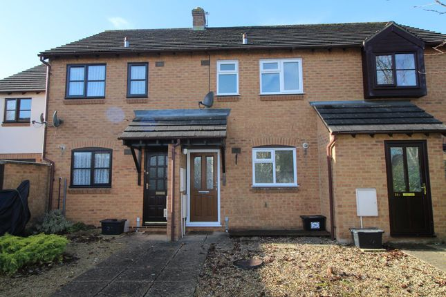 Thumbnail Terraced house to rent in Warwick Close, Chippenham