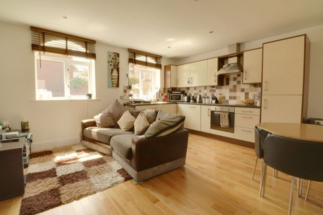 Thumbnail Flat for sale in Brigg Road, Barton-Upon-Humber