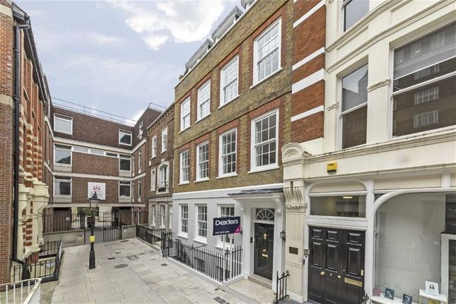 Thumbnail Flat for sale in Warwick Court, London