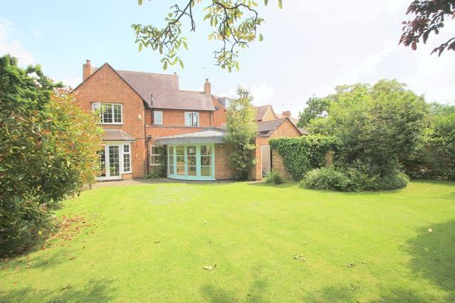 Thumbnail Detached house for sale in Albany Road, Stratford-Upon-Avon