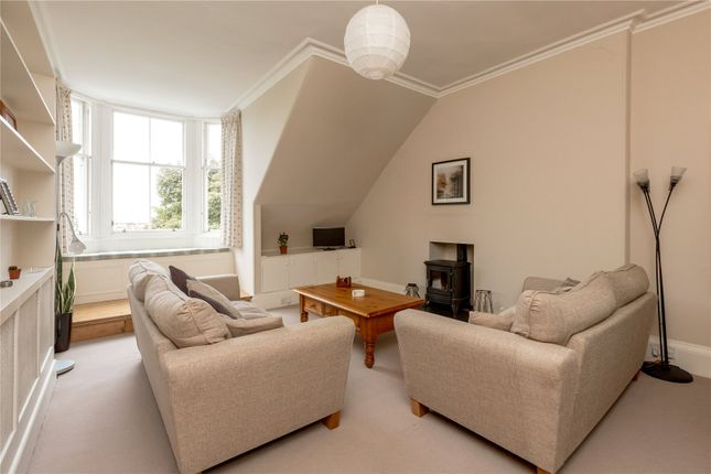 Sitting Room of 17/7 Bellevue Crescent, New Town, Edinburgh EH3