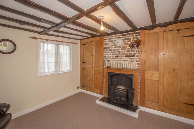 Thumbnail Cottage for sale in Manor Road, Deal