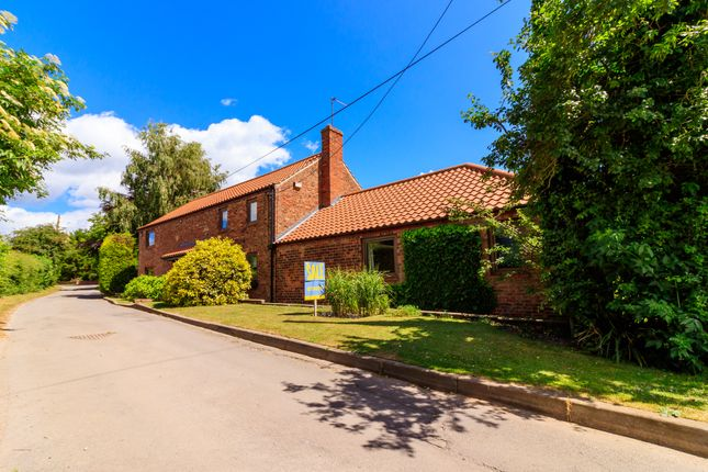 Thumbnail Barn conversion for sale in Stunning Barn Conversion, Worlaby, Brigg