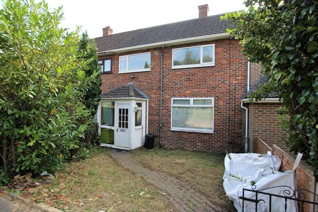 3 bed terraced house to rent in Penzance Road, Harold Hill, Romford RM3
