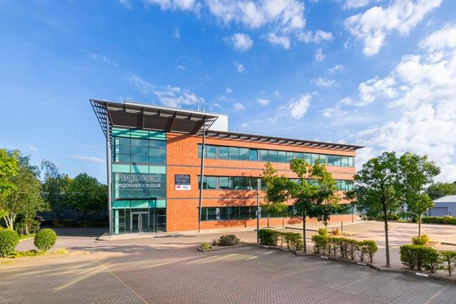 Thumbnail Office to let in 2, Pegasus Place Gatwick Road, Crawley, West Sussex