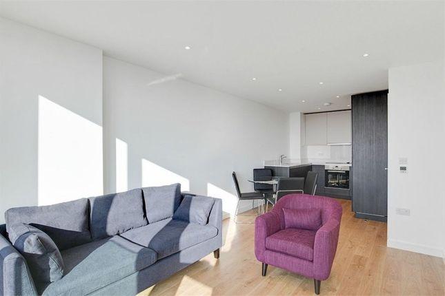 Pinnacle Apartments, 11 Saffron Central Square, Croydon CR0