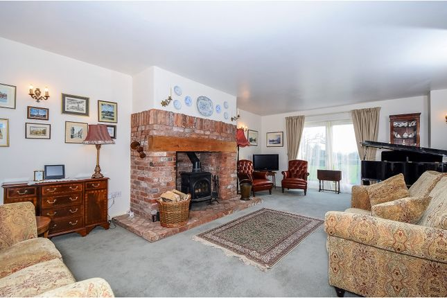 Thumbnail Semi-detached house for sale in West Lyng, Taunton