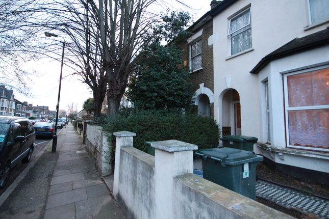 Thumbnail Flat for sale in Bolton Road, Stratford
