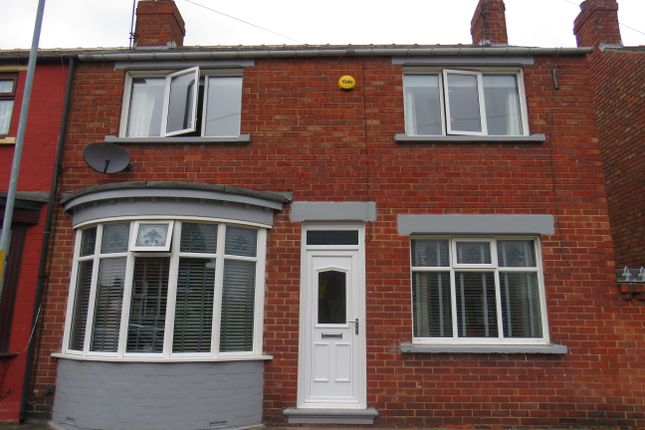 3 bed terraced house to rent in Eric Avenue, Thornaby, Stockton-On-Tees TS17
