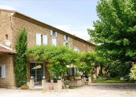 Thumbnail Farmhouse for sale in Althen-Des-Paluds, France
