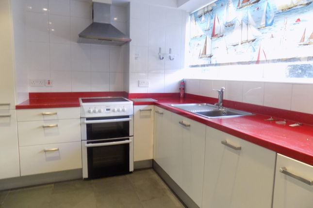 Thumbnail Flat to rent in Burlington Place, Eastbourne